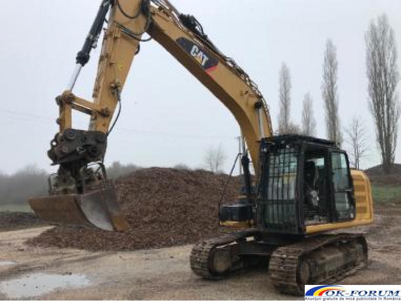 Inchirez excavator pe senile. Utilaje in constructie - 4