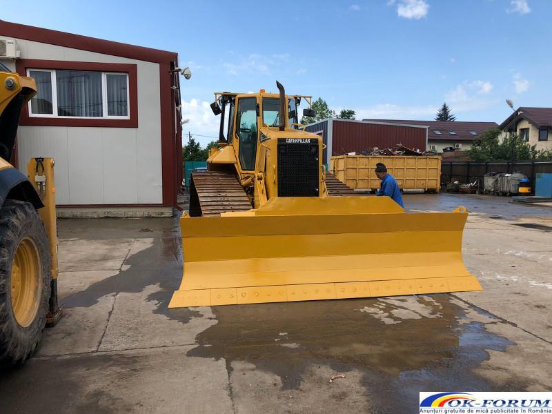 Inchiriez buldozer pentru profilare drumuri, nivelare terenuri - 3