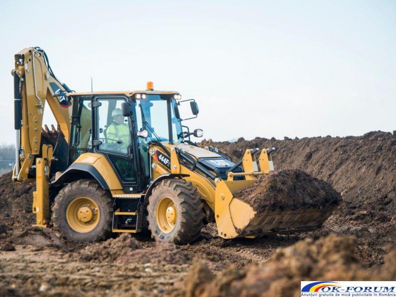 Inchiriez buldoexcavatoare echipate in functie de nevoile clientului - 5