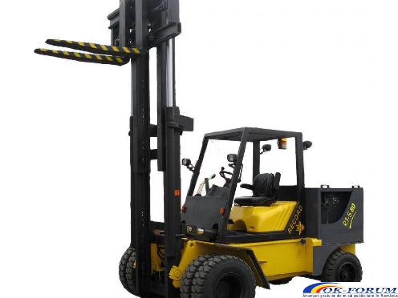 Inchiriez motostivuitor– 3,5 tone, 5 tone, 7 tone cu operator - 2