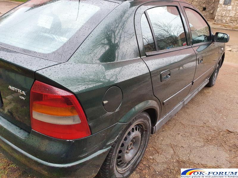 Opel Astra 2005 - 2