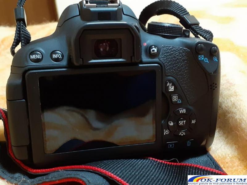 Canon EOS 700D - 1