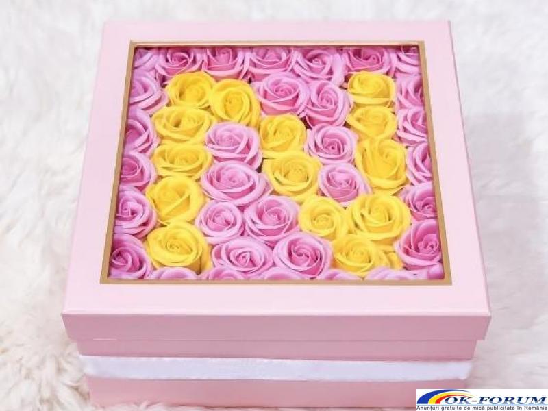 Cutie cadou trandafiri de sapun - 1