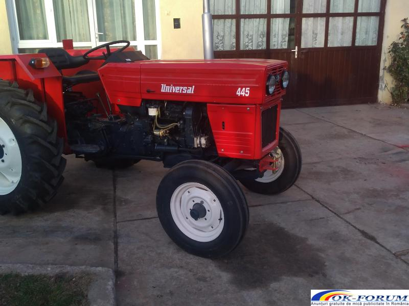 Tractor 445 - 3