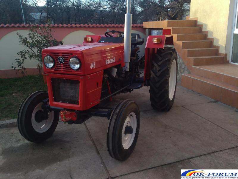 Tractor 445 - 4