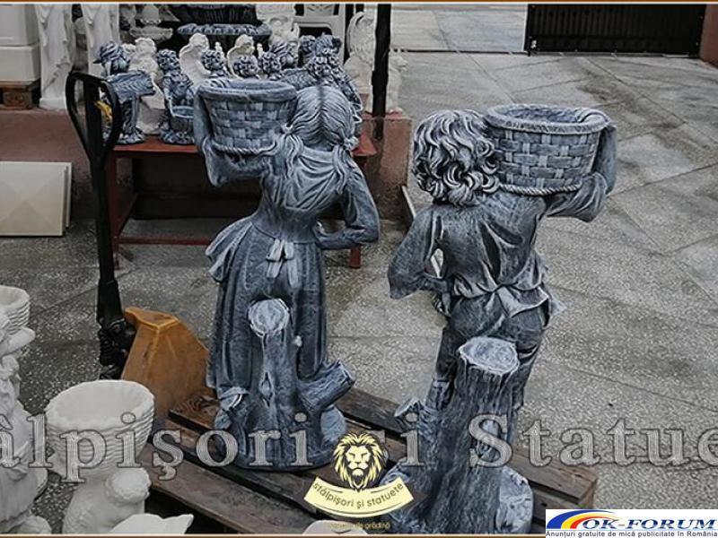 Statuete copii cu cosulete, din beton, model J3,J4. - 2